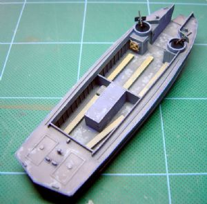 Landing Craft, Parsonnel (Ramped)